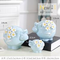 一家三口羊装饰品陶瓷摆件家居室内卧室个性创意床头柜可爱小摆设 浅蓝色 一家三口羊摆件