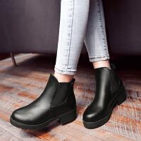 彼艾2017秋冬新款女短靴欧美马丁靴粗跟英伦风尖头低跟单靴及裸靴