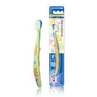 【1件4折到手价:14.32】【宝洁】佳洁士阶段型儿童牙刷4至24个月