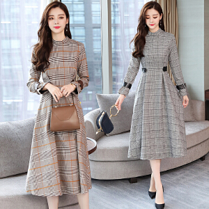 2018秋季新款韩版气质修身中长款打底裙秋冬长袖格子连衣裙