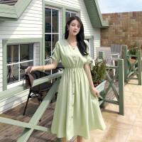 2019浅绿色抹茶绿桔梗裙超仙甜美收腰v领松紧腰小个子气质连衣裙