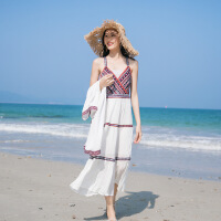 【新品特惠】 沙滩裙女夏2019新款雪纺吊带露肩长裙泰国海边度假两件套连衣裙