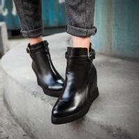 彼艾2016英伦风秋冬季新款短筒马丁靴女靴皮带扣平底内增高短靴及裸靴女鞋