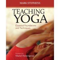 英文原版 瑜伽教学: 基础与技巧精要 Teaching Yoga: Essential Foundations and
