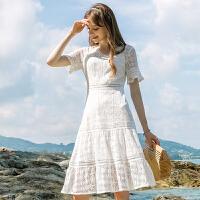 蕾丝连衣裙女2019夏季新款仙气韩版v领喇叭袖镂空收腰中长裙子 白色