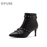 D:Fuse/迪芙斯2019冬季新款铆钉皮带扣尖头高跟短靴女DF94116563