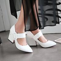 彼艾2018春季新款女鞋漆皮中跟单鞋皮带扣红色婚鞋尖头粗跟浅口女鞋子