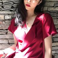 2019夏季新款沙滩裙子海边度假泰国性感不规则v领系带连衣裙红色