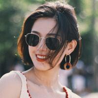 2019年新款女士小脸款墨镜女士韩版复古太阳眼镜
