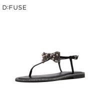 迪芙斯(D:FUSE)2019夏专柜同款丁字式扣带蝴蝶珍珠夹趾平底女凉鞋DF92115169