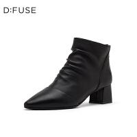 D:Fuse/迪芙斯2019冬季新品皱面尖头粗高跟低筒短靴女DF94116410