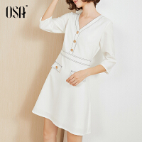 【2.5折到手价:129.5】OSA欧莎白色连衣裙高端2019新款夏宽松收腰显瘦V领裙子女气质流行