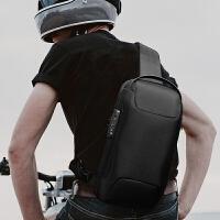 网易严选 男式时尚跑车造型系列胸包