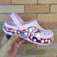 cross洞洞鞋女童�鐾闲�夏季新款��角�F卡通童鞋�和�厚底沙��鲂�