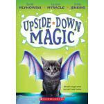 【预订】Upside-Down Magic (Upside-Down Magic #1)
