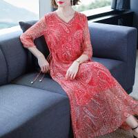 真丝桑蚕丝连衣裙女装2019春装新款复古时尚碎花收腰波西米亚长裙 红色