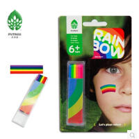 Rainbow Body Crayon  未来树人体彩绘棒荧光色  产品特点:  无毒,通过无毒测试  画在人体皮肤表面,可安心使用  用纸巾、肥皂、洗面奶即可轻松擦拭和清洗颜料  色彩饱满鲜明