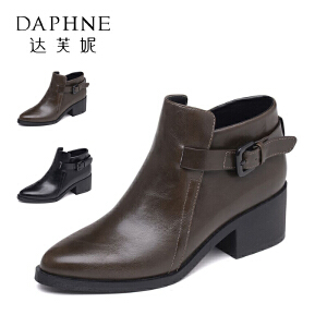 【双十一狂欢购 1件3折】Daphne/达芙妮秋冬短靴粗跟尖头英伦风皮靴防滑舒适透气女短靴