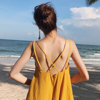 旅行路上沙滩裙海边度假连衣裙波西米亚黄色吊带长裙女夏露背
