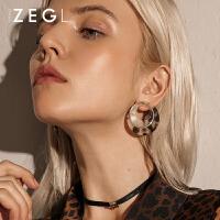 2019新款潮流女士气质简约个性圆环耳圈复古耳饰女士豹纹耳环