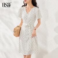 【超品叠券预估价:147】OSA白色女士v领连衣裙夏装2020年新款中长款收腰显瘦波点裙子气质